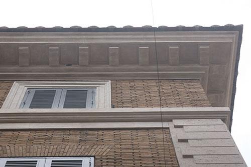 restauro vetrina roma 1